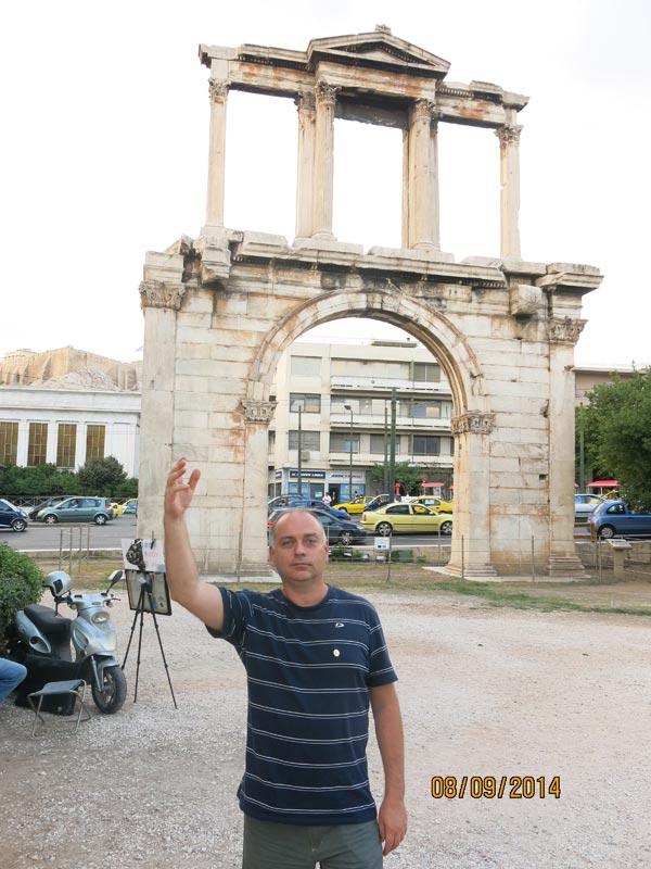 Арка Адриана в Афинах